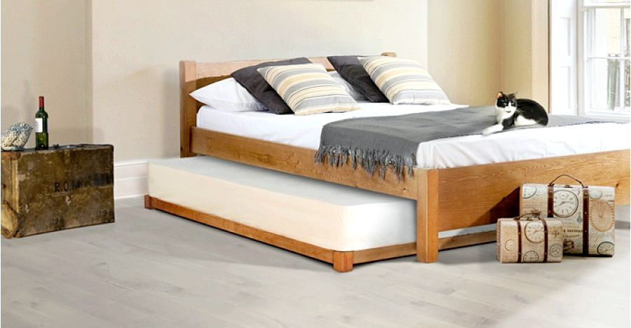 Guest Bed of natural materials